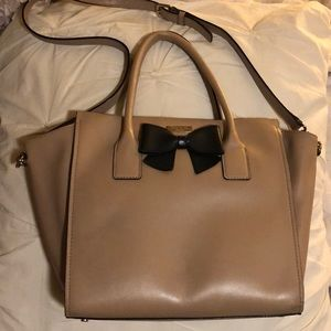 Excellent condition, Kate Spade tan tote w/ bow